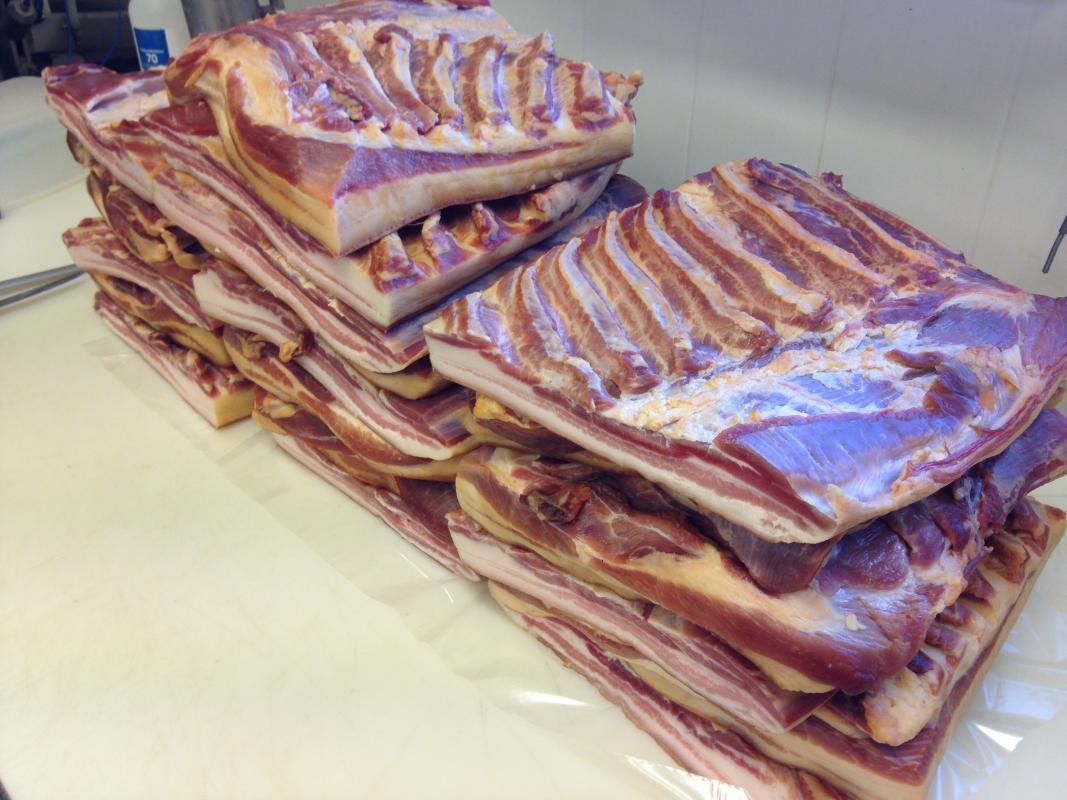 Bacon, tørrsaltet